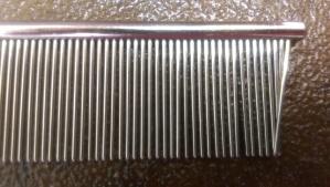 Narrow comb